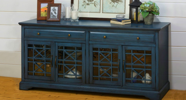 Consoles | Classic Blue Is For You | Jordan's Furniture Life&Style Blog