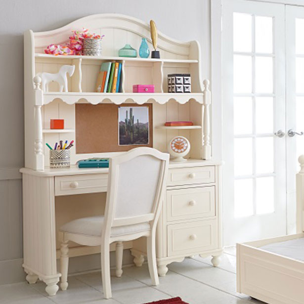 Kids' Bedroom Desks and Chairs at Jordan's Furniture stores in CT, MA, NH, and RI