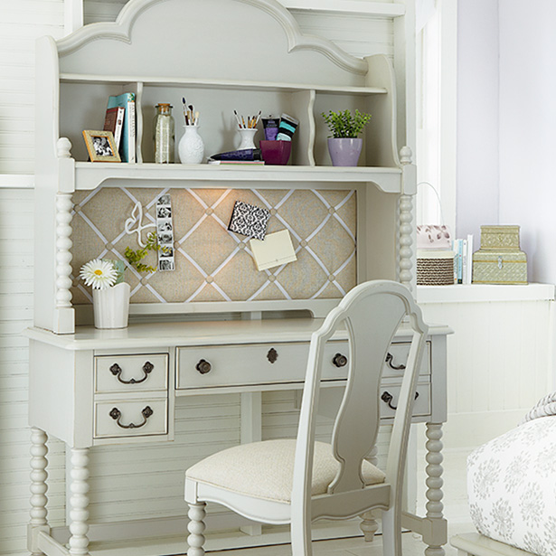 Shop our Kids Bedroom Desk and Chair selection at Jordan's Furniture located in CT, MA, NH and RI!