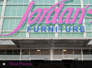 Jordan's opens in the Warwick Mall