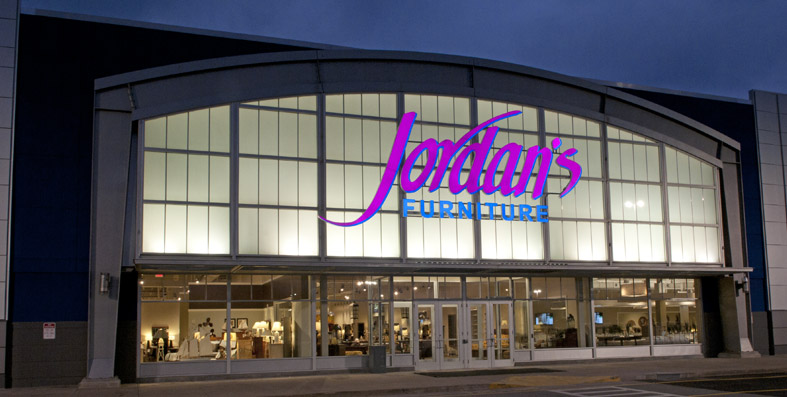 Jordan 39 s furniture store in warwick ri for Furniture mall